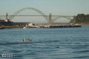 1000 SE Bay Blvd M-35, Newport, OR 97365 - Bayy/Bridge View