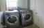 580 NW Sunset Blvd, Toledo, OR 97391 - Laundry