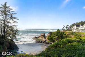20 NW Sunset St, M-1, Depoe Bay, OR 97341 - Views
