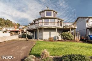 6528 NE Logan Rd, Lincoln City, OR 97367 - Picture Perfect Beach House