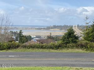 345 S Crestline Dr, Waldport, OR 97394 - View