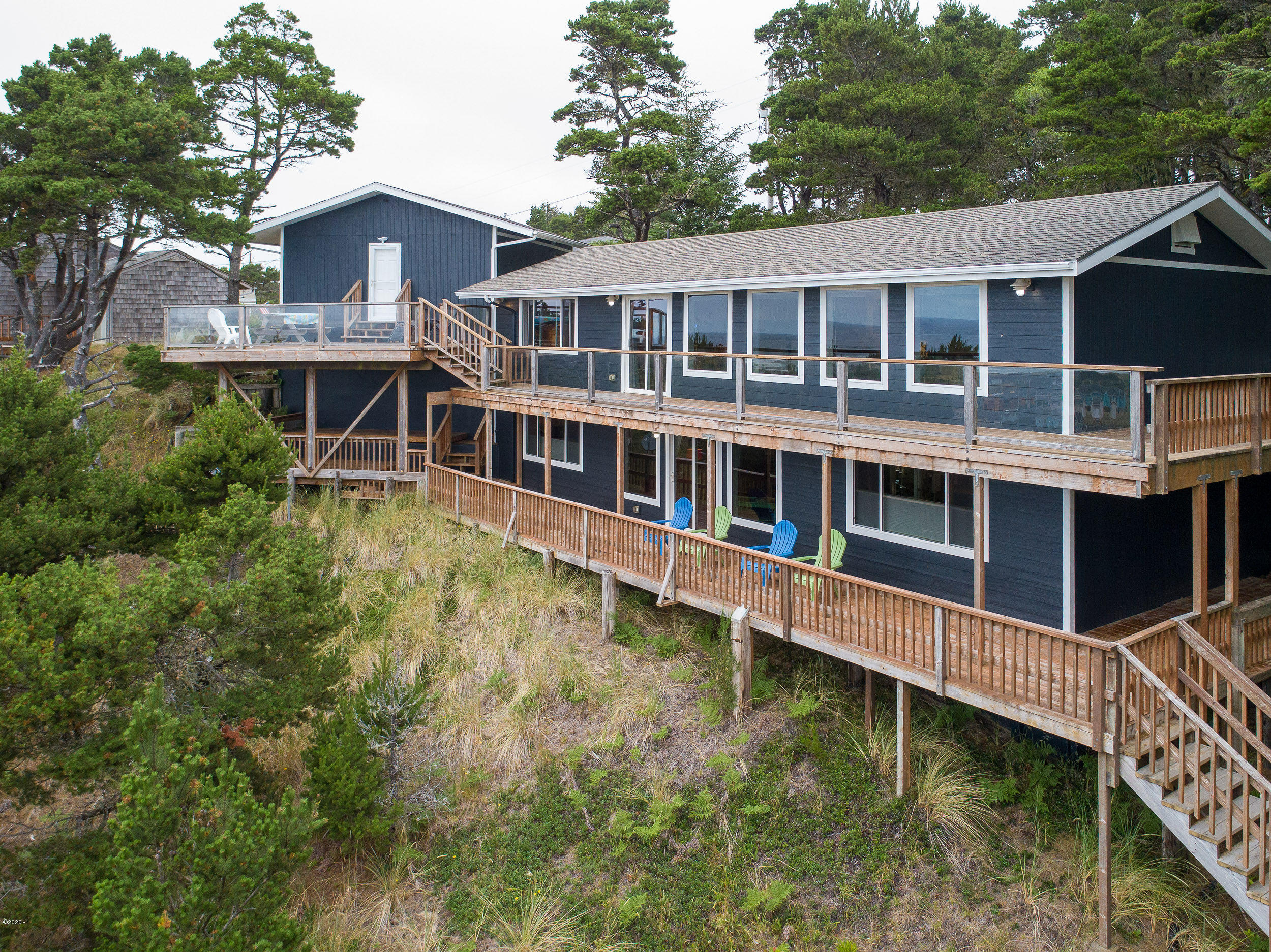 1502 NW Oceanview Dr, Waldport, OR 97394
