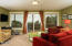 1502 NW Oceanview Dr, Waldport, OR 97394 - Sitting room