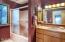 5965 Hacienda Ave, Lincoln City, OR 97367 - Bathroom 1