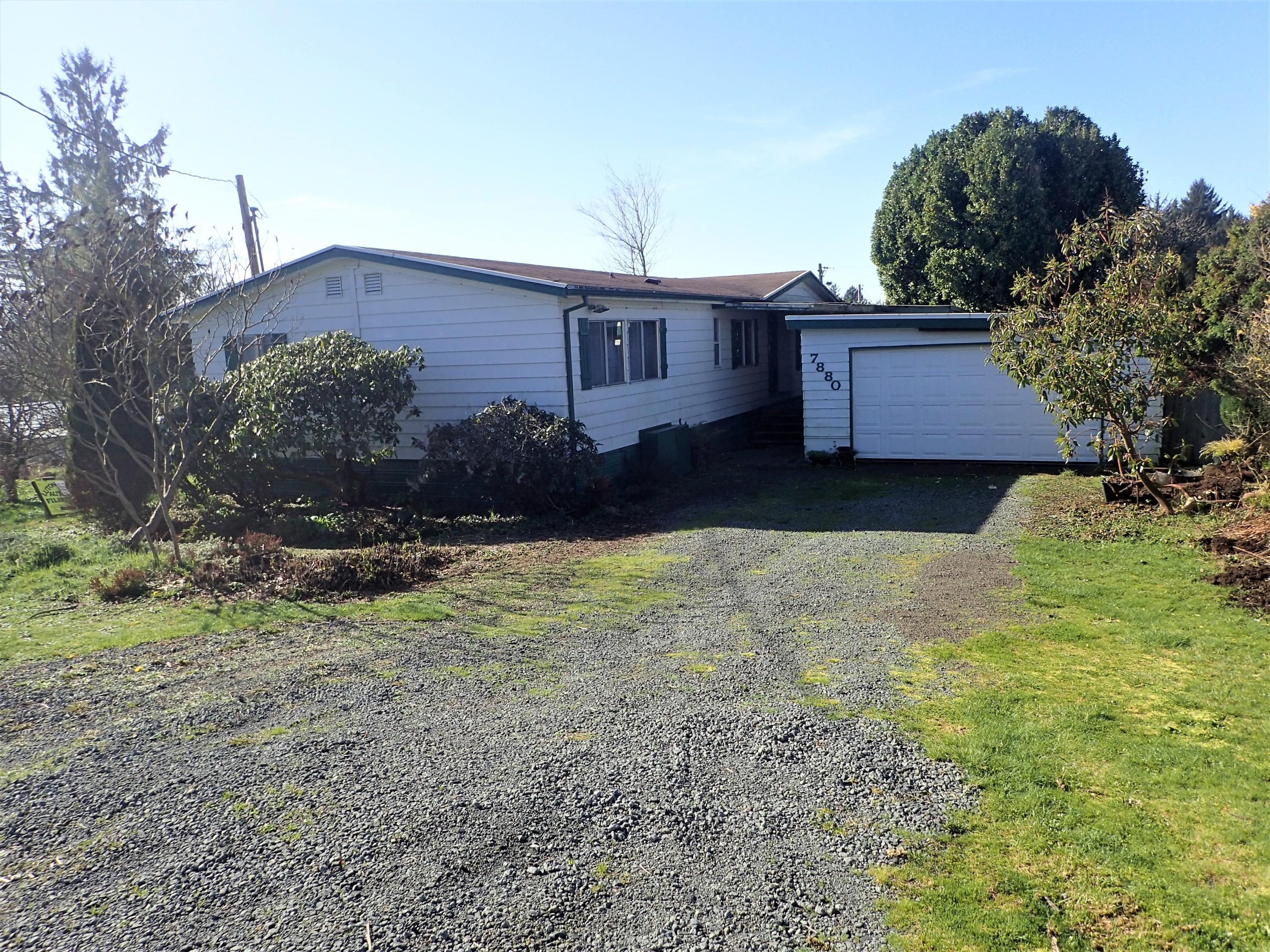7880 18th St, Bay City, OR 97107 - Front