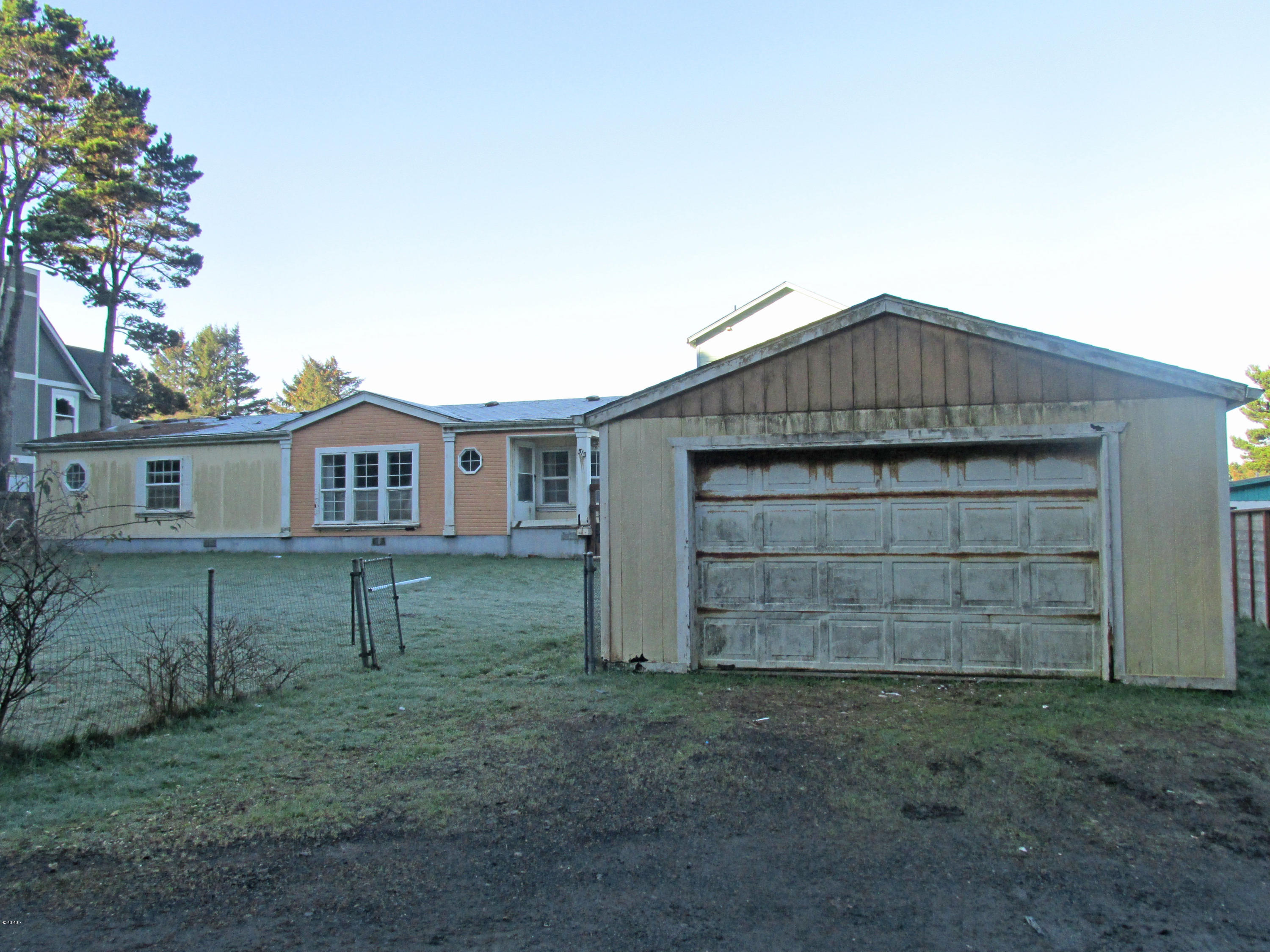 515 SE Keel Ave, Lincoln City, OR 97367 - IMG_6046