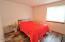 3335 SE Chestnut St, Newport, OR 97366 - Bedroom