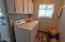 3335 SE Chestnut St, Newport, OR 97366 - Laundry area