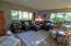 115 Ridge Pl, Depoe Bay, OR 97341 - Living Room