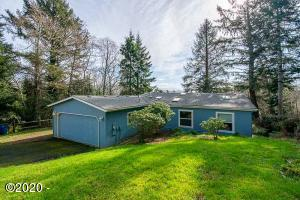 2740 NE 36th Dr, Lincoln City, OR 97367 - Main Photo