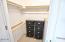 76 NW 33rd Pl, E, Newport, OR 97365 - Walk in Closet