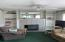 2130 NE 36th Dr, Lincoln City, OR 97367 - Living Room