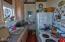 625 NW Alpine St, Newport, OR 97365 - Kitchen