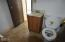 1708 NW Westward St, Waldport, OR 97394 - LOwer level bath with shower