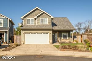 7135 NE Benton Pl, Newport, OR 97365 - Main Photo