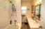 131 NE 56th St, Newport, OR 97365 - Bathroom