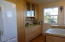 532 SW Smith Ct, Newport, OR 97365 - Kitchen detail