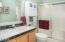 4045 NE Johns Ave, Neotsu, OR 97364 - Guest Bath