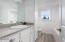 4211 SE Jetty Ave, Lincoln City, OR 97367 - Powder room