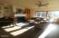 4720 NE G Ave, Neotsu, OR 97364 - Living room