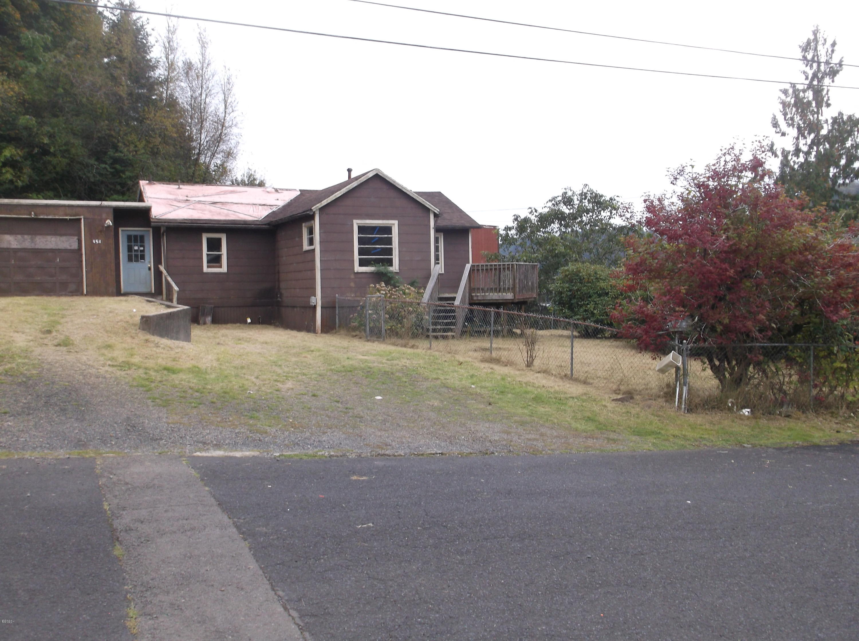 151 NW 9th St, Toledo, OR 97391 - 151 NW A Street
