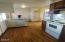 31 NE Coos St, Newport, OR 97365 - Roomy kitchen