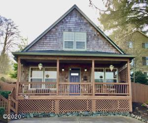 2102 NW 33rd St, Lincoln City, OR 97367 - Street View