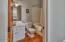 5310 NE Port Ln, Lincoln City, OR 97367 - 3rd Floor Master Bath