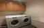 85 NW 33rd Pl, C, Newport, OR 97365 - Laundry room