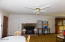 1306 NE Alder St, Toledo, OR 97391 - Living Room