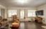 444 NE Beech St, Toledo, OR 97391 - Great Room 3