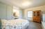444 NE Beech St, Toledo, OR 97391 - Guest Room 2