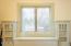 444 NE Beech St, Toledo, OR 97391 - Guest Room 2 Window Seat