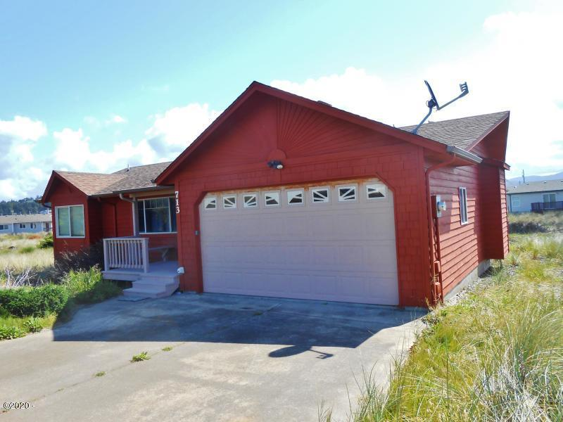 713 NW Oceania Dr, Waldport, OR 97394 - front of house