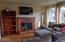 725 NE Fogarty St, Newport, OR 97365 - Living Room