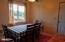 725 NE Fogarty St, Newport, OR 97365 - Dining area
