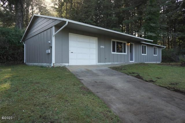 1942 SW Galley Court, Lincoln City, OR 97367 - Exterior Alternate Good