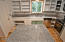 2481 SE Kendal Ct, Newport, OR 97365 - Kitchen