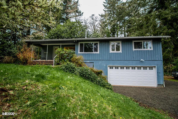 2481 SE Kendal Ct, Newport, OR 97365 - Front of Home