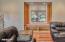 1335 NE Warner Park, Lincoln City, OR 97367 - Living Room Window Seat