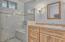 1335 NE Warner Park, Lincoln City, OR 97367 - Master Bath