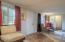 245 NE 10th St, Newport, OR 97365 - Tile Entry