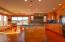 612 SE 5th St, Newport, OR 97365 - Kitchen & Breakfast Nook