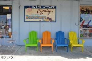 100 SE Hwy 101, Lincoln City, OR 97367 - Exterior with chairs