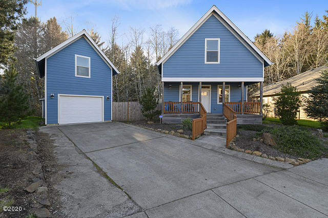 4525 NE Tide Ave, Lincoln City, OR 97367 - 640x480-virtual-tour-74295-photo-1583855