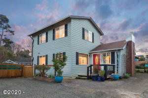 4415 Mcminnville Ave, Neskowin, OR 97149 - Exterior Twilight