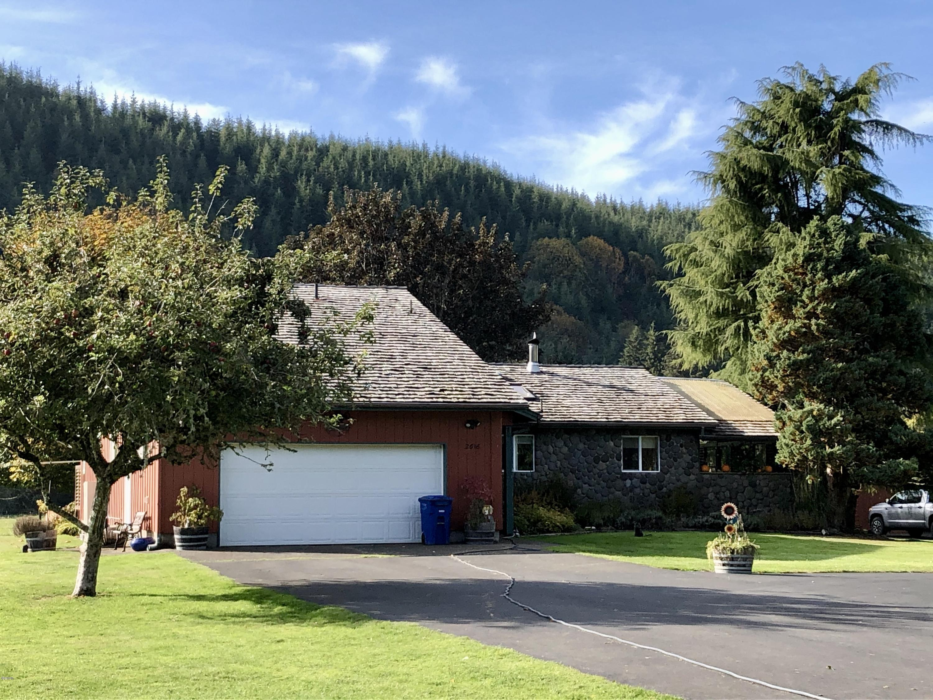 2616 S Drift Creek Rd, Lincoln City, OR 97367 - Front