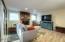2334 NE Douglas St, Newport, OR 97365 - Family Room