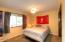 2334 NE Douglas St, Newport, OR 97365 - Guest Bedroom 2