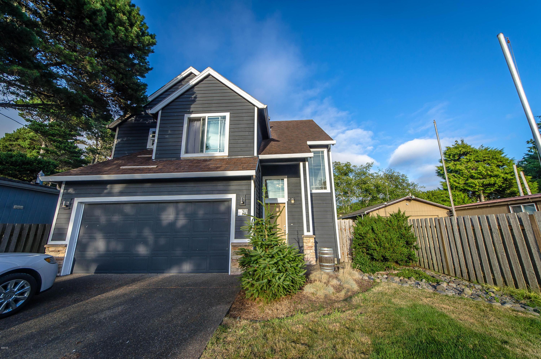 250 Hazelton Pl, Depoe Bay, OR 97341 - Front of the house.